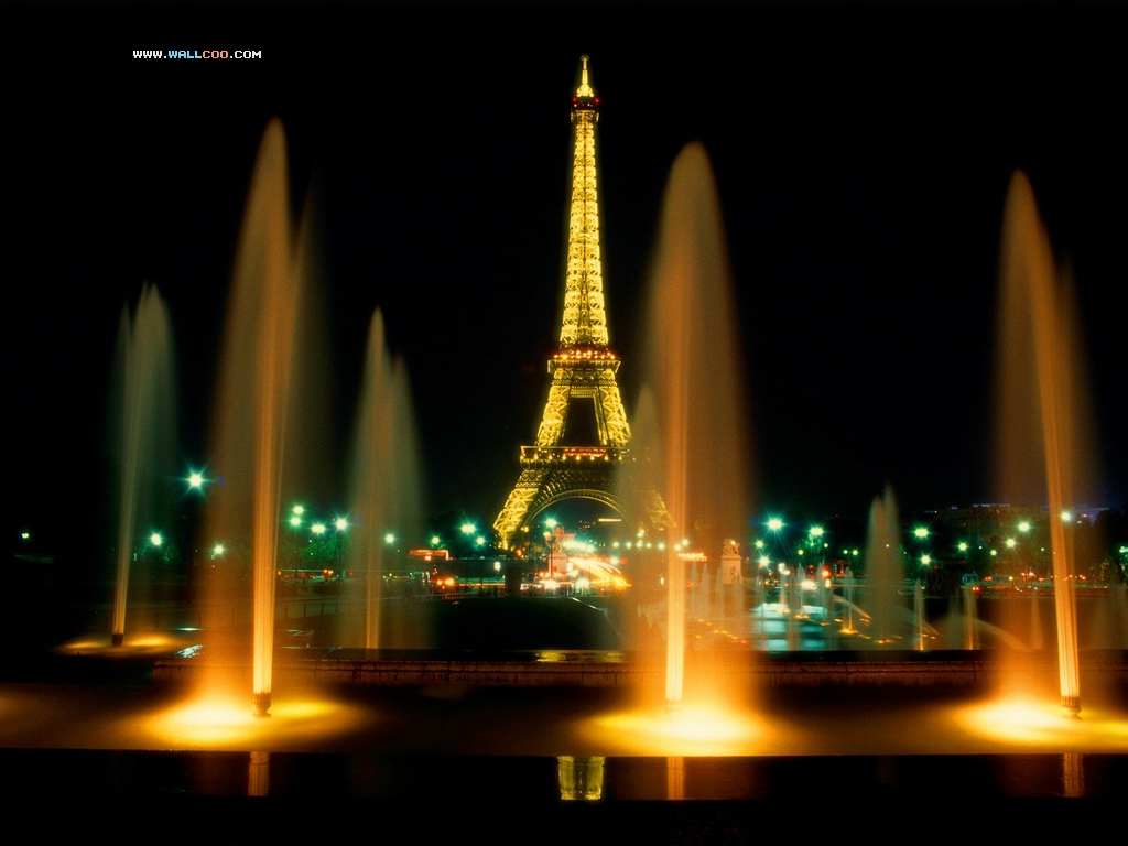 [Imagen: Eiffel_Tower_at_Night_Paris_France.jpg]